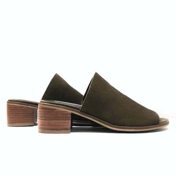 115cd646b1c Steve Madden Richelle Suede Sandals